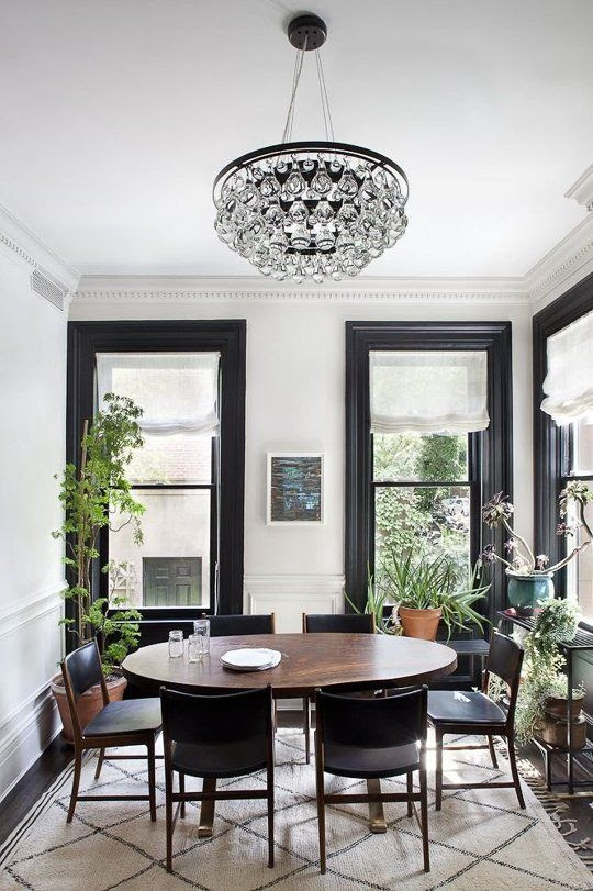 Design Dare: Paint Your Trim Black | Apartment Therapy