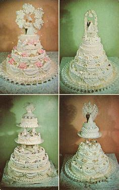 Wilton Wedding Cake Stairs   Vintage Wilton Wedding Cakes