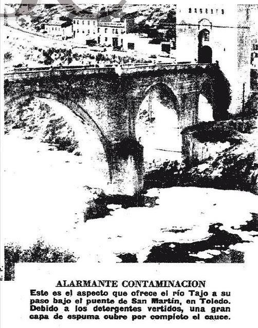 Fotografía de la contaminación del río Tajo. Diario ABC del 20-6-74