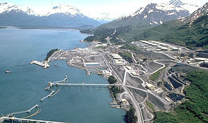 English: The Valdez Marine Terminal of the Tra...