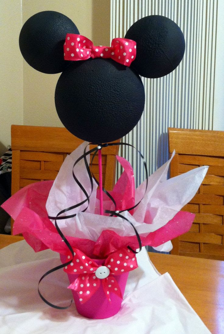 Minnie Mouse centerpiece by specialdecor on Etsy, $25.00