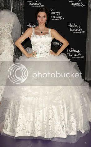 Kim Kardashian Wedding Gown Wax