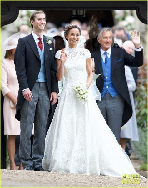 Kate Middleton, Prince William, & Kids Attend Pippa's