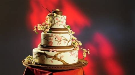 Amazing Wedding Cakes   Food Network UK