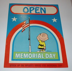 Peanuts Memorial Day sign