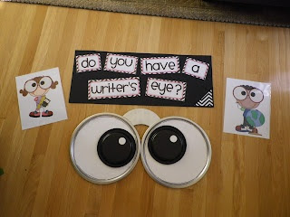 Writer's eyes-- writing bulletin board.  How to.