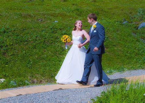 Best 25  Indoor wedding receptions ideas on Pinterest