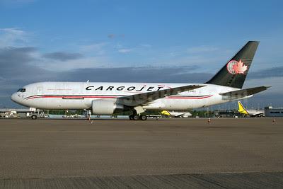 Cargojet Airways Boeing 767-223 (F) C-FMCJ (msn 22316) CGN (Reiner Bexten). Image: 908729.