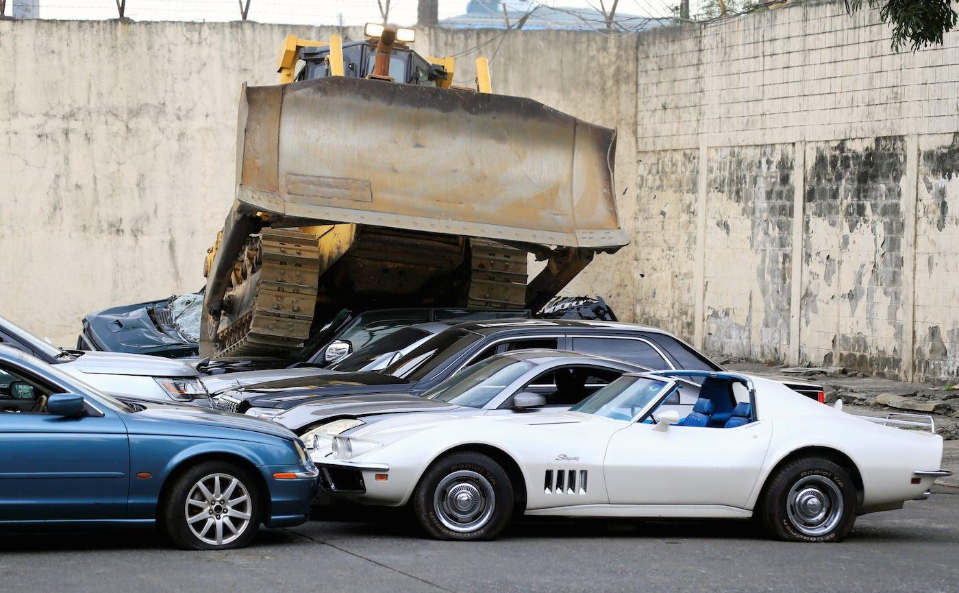Philippines Manila bulldozer luxury cars