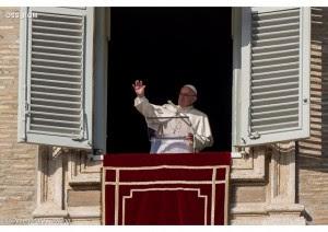 el-papa-en-la-ventana