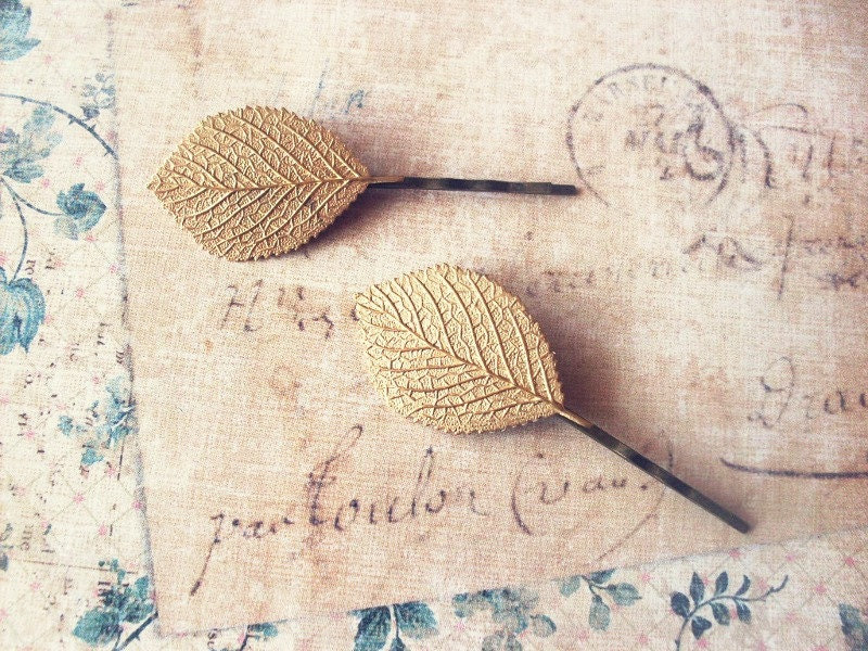 Gold Leaf Bobby Pins - Leaf Hair Accessories Nature Inspired Rustic Woodland Wedding Hair Accessories Cute Adorable Elegant Whimsical Dreamy