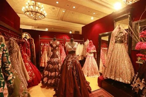 Where To Shop For Wedding Lehenga In Delhi!