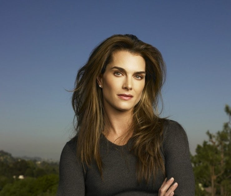 Brooke Shields Sugar N Spice Full Pictures : Customize