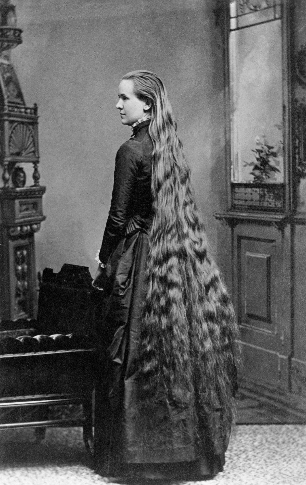 As mulheres vitorianas que nunca cortavam o cabelo 11