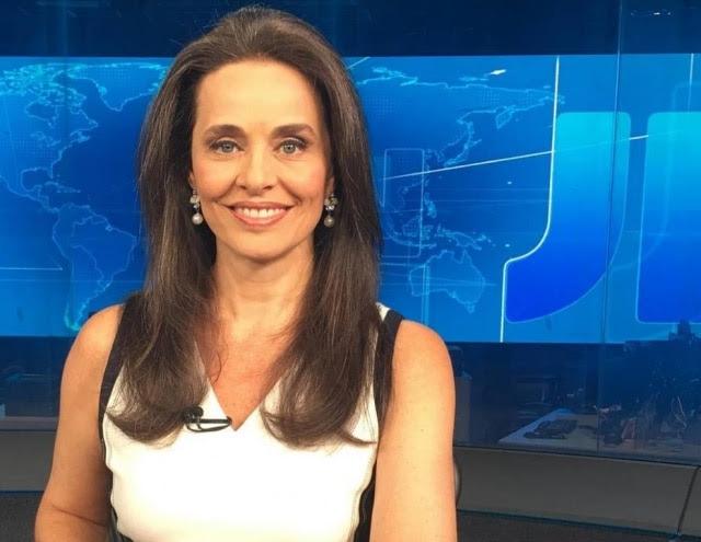 Carla Vilhena pediu demissão da Globo para se dedicar a site pessoal