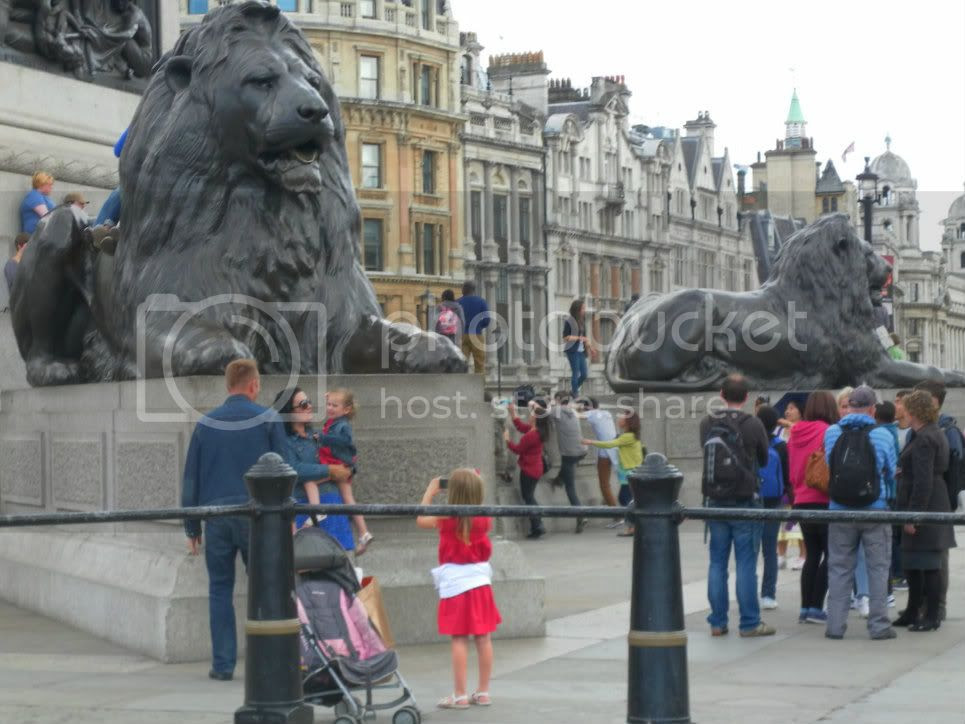 trafalgar square photo: Lions at Trafalgar Square SAM_0411.jpg