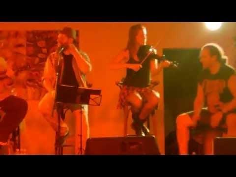 Rettenthetetlen - egy videó a budaörsi akusztikus Firkin-koncertről