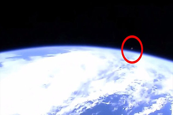 Nasa accused of cutting live ISS feed as UFOs  hover in sight Conspiracy theorists claim space agency is hiding alien life