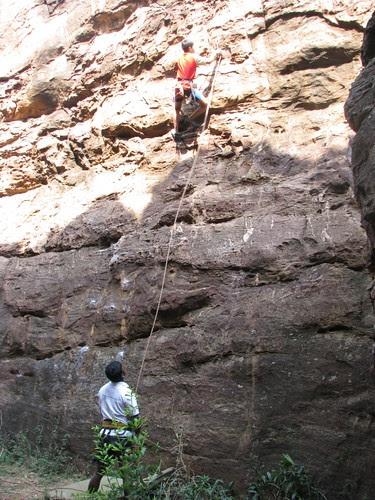 Badami Rock Climbing 20ft first clip