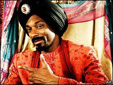 Snoop Dogg in Singh is Kinng