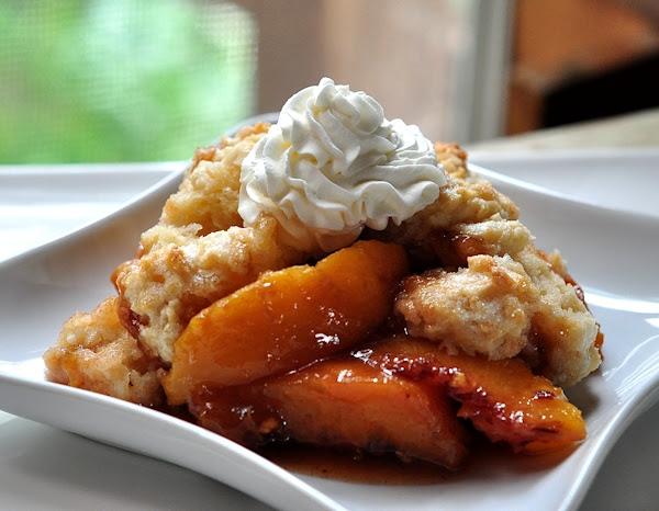Peach-Cobbler-thecreeksidecook.com