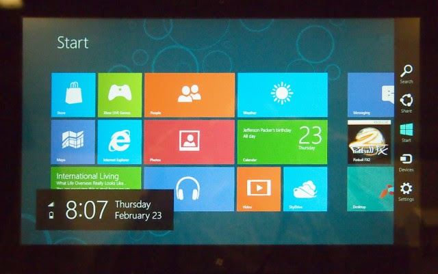 Windows 8 Consumer Preview tablet