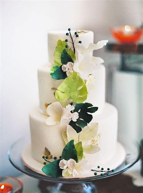 Best 25  Tree wedding cakes ideas on Pinterest   Rustic