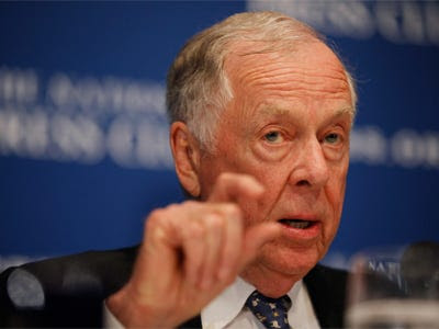 Texas oil and gas magnate T. Boone Pickens