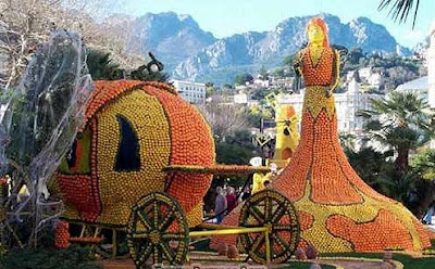 Chariot made out of oranges