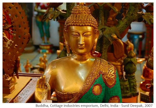 A Buddhist journey - images by Sunil Deepak, 2014