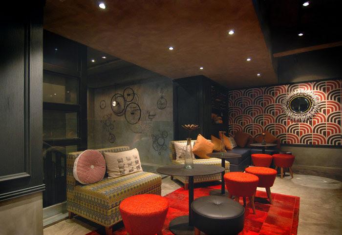 Vintage Restaurant Decor - InteriorZine