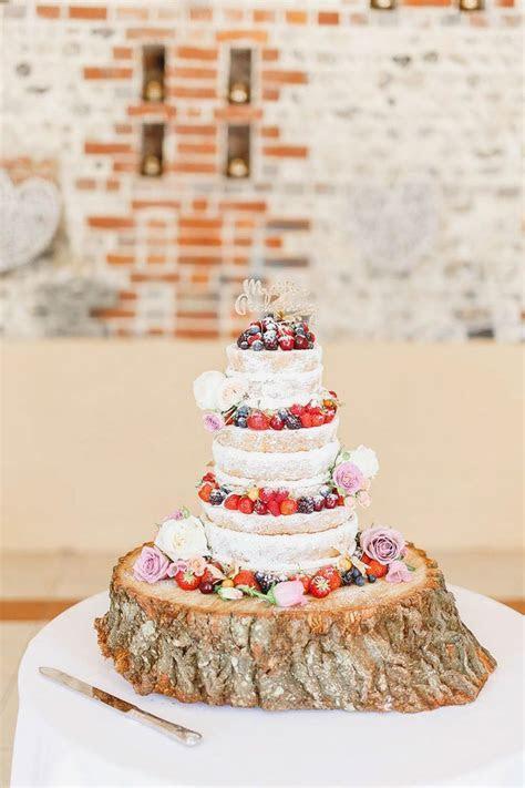 Best 25  Barn weddings near me ideas on Pinterest   Rustic