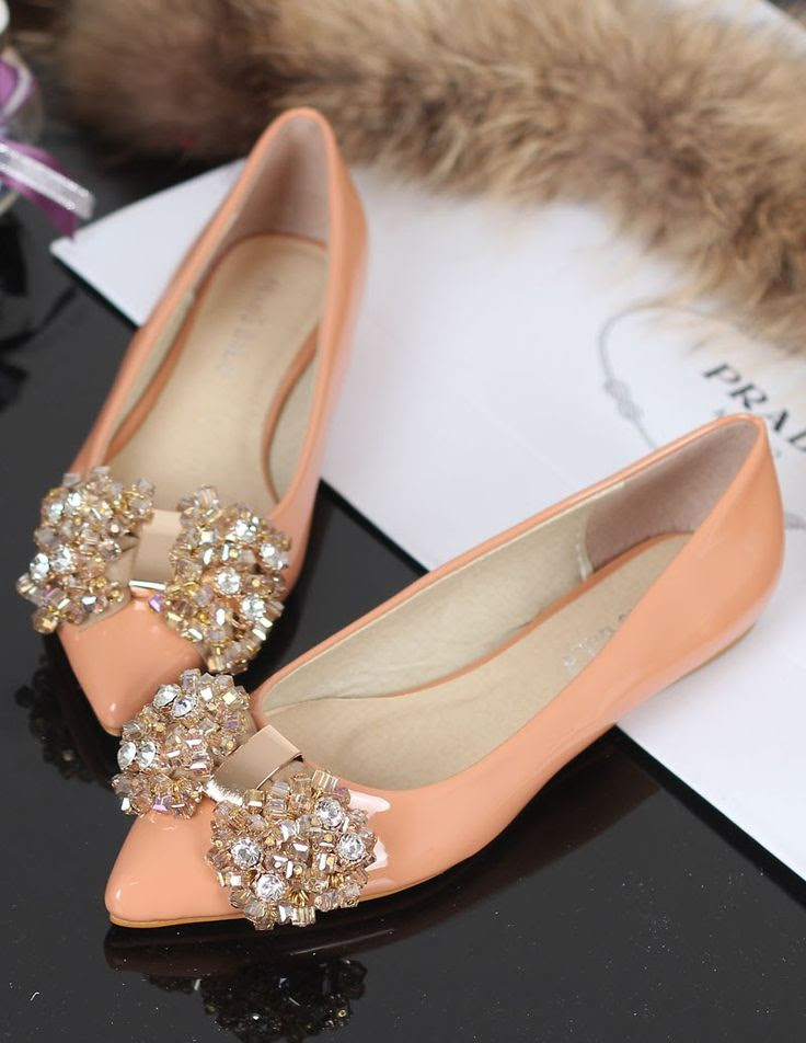 Cute pink prada with darling bow fashion.. click on picture to see more