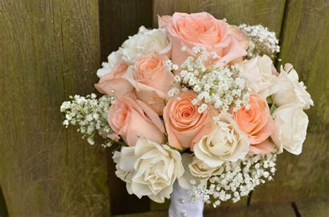 Soft, lovely Bridal Bouquet of light peach Tiffany roses