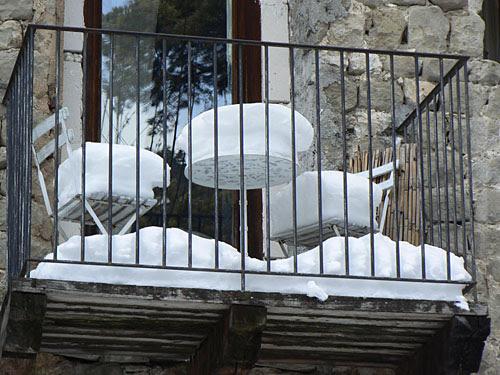 terrasse enneigée.jpg