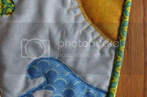 aqua reef studios the quilt or stitch blog beach mat. Black Bedroom Furniture Sets. Home Design Ideas