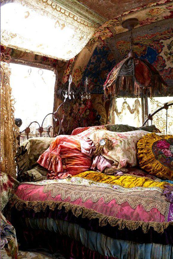 iRomantici iBohemiani caravan iBohemiani Cozy Pinterest