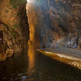 Portitsa Canyon by Kostas Petrakis (kostaspetrakis) on 500px.com