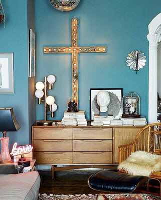 living+room_eclectic+teal+bamboo+wood+midcentury+cross+silver+disco+ball_jim+franco+photography