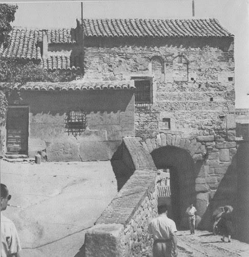 Puerta de Valmardón de Toledo hacia 1955