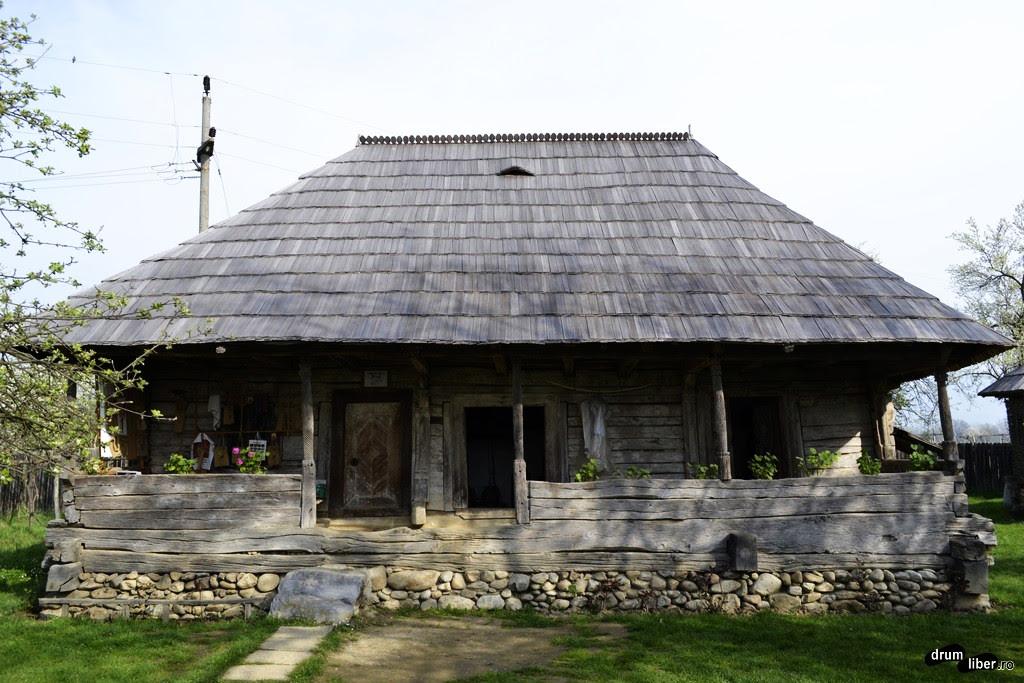 Image result for casa memoriala brancusi hobita