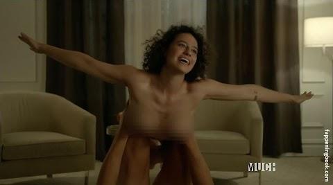 Ilana Glazer Naked - Hot 12 Pics | Beautiful, Sexiest