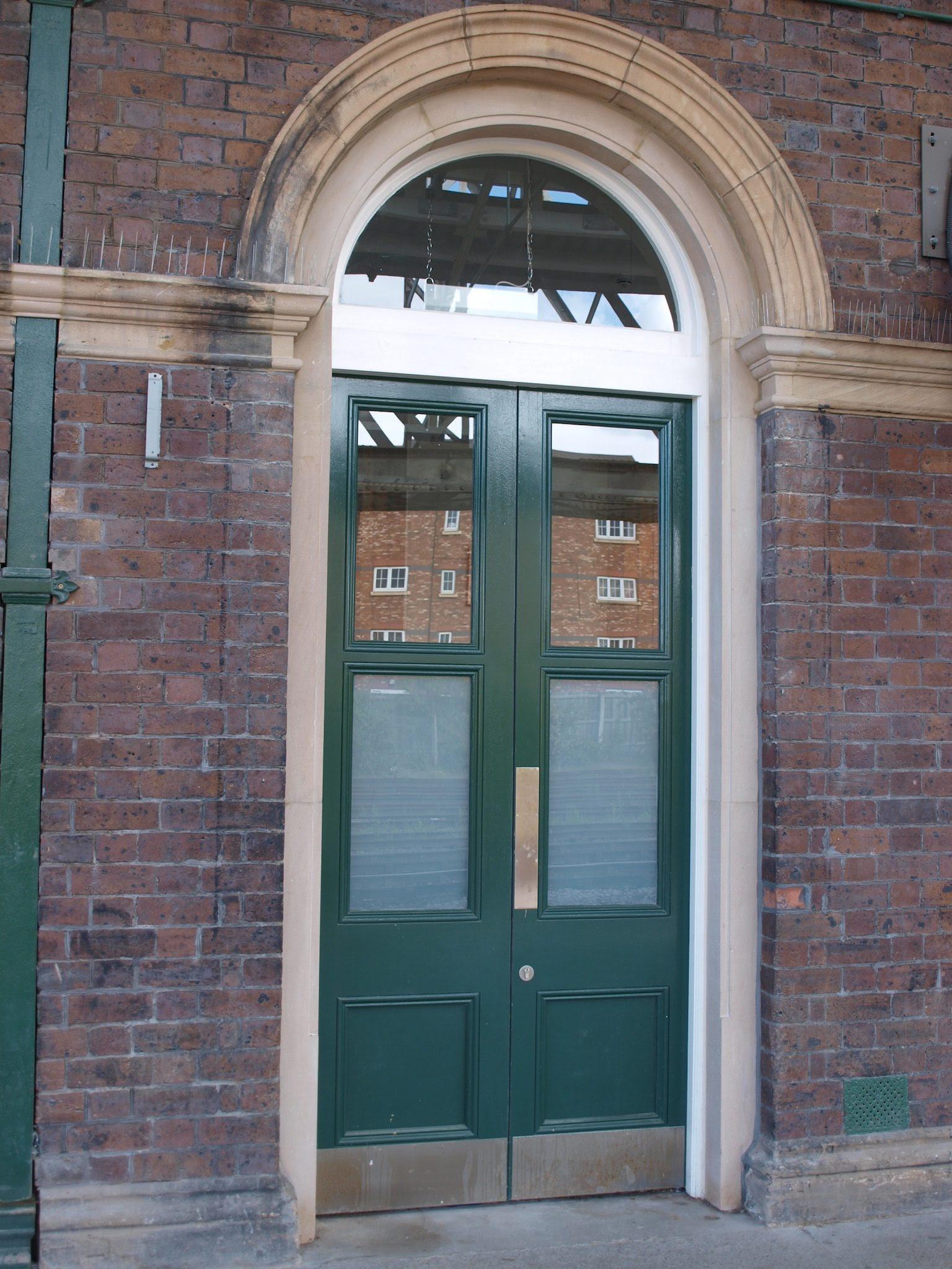 design for double door  | 675 x 900