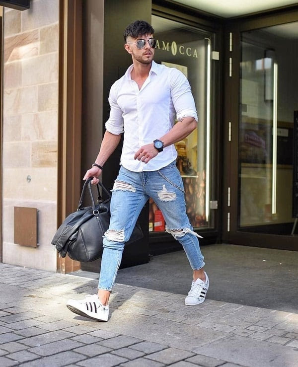30 blue jeans and white shirt outfits ideas for men