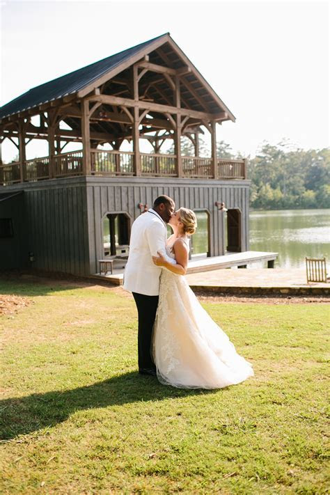 Reynolds Plantation Wedding at Sandy Creek Barn   OneNine