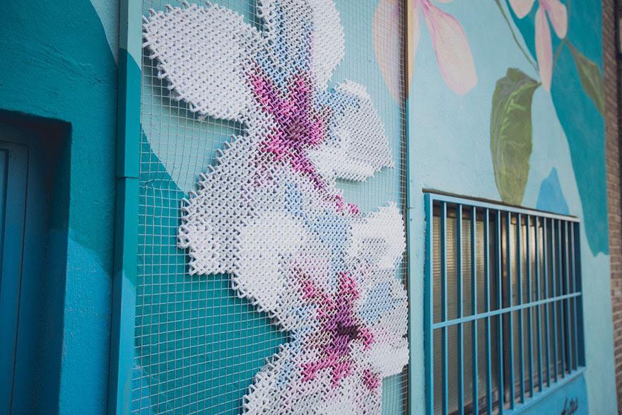-Stitch-rue-installations floral-cross-raquel-rodrigo -9