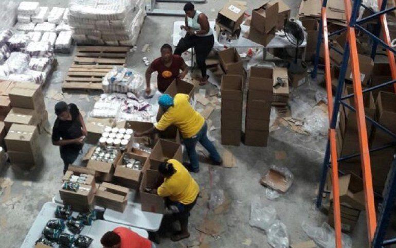 La etiqueta de las cajas Clap dice que todos los  productos son importados por el Gobierno Nacional desde México.