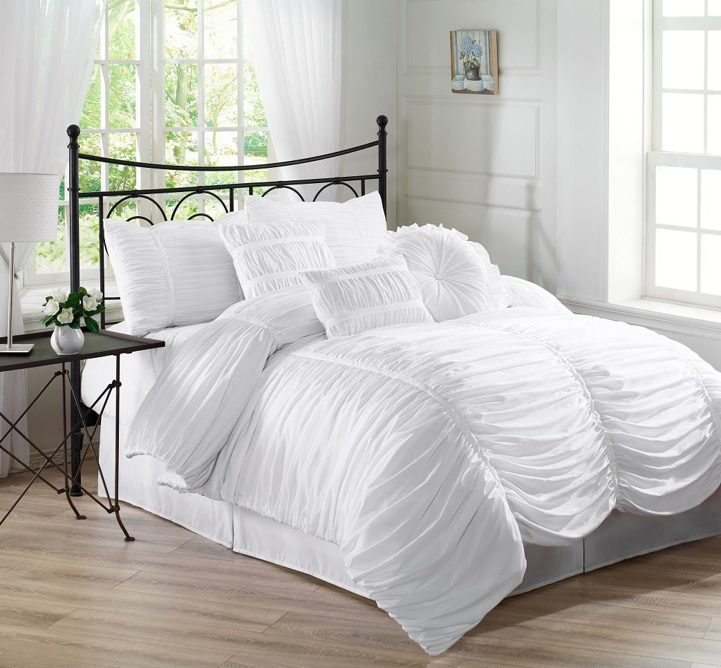 Chezmoi Collection 7-piece Chic Ruched White Comforter Set, Full Size (with Throw Pillows)