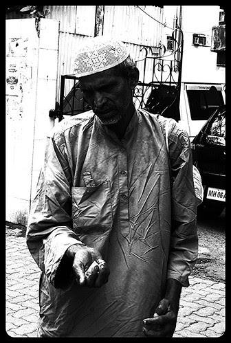 Zindagi Kuch Toh Rahem Kha Mujhpar by firoze shakir photographerno1