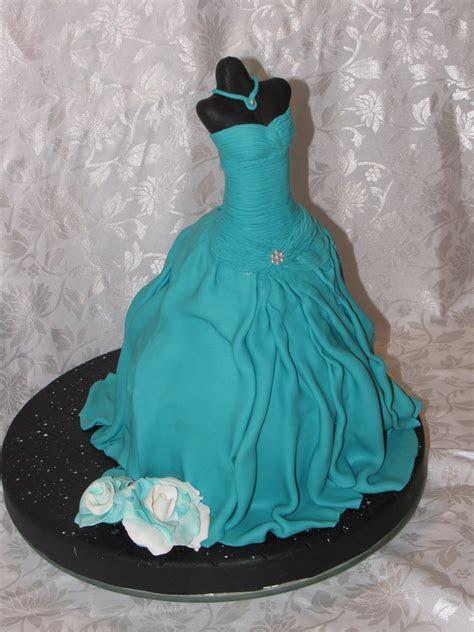 Mannequin Dress Cake   CakeCentral.com